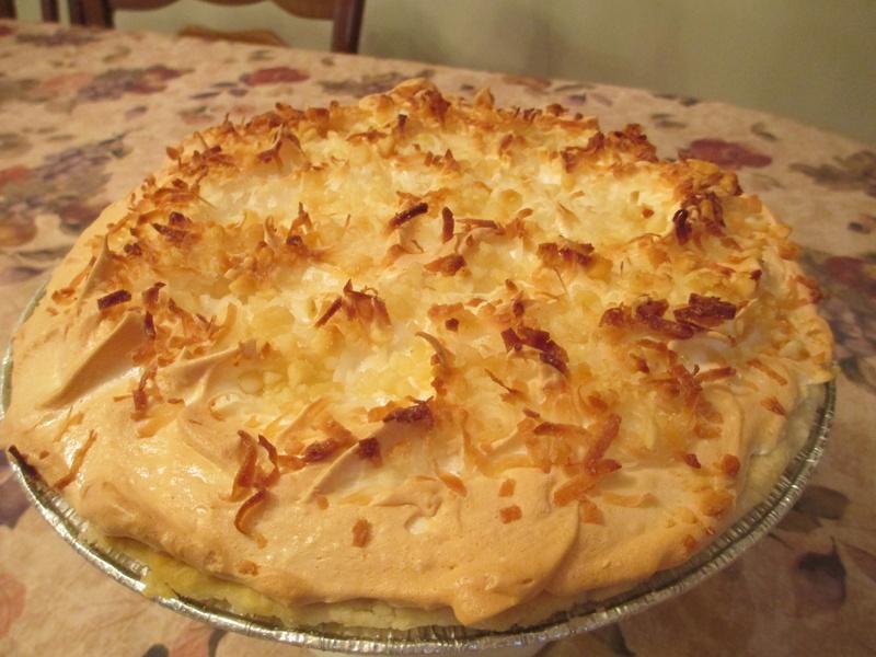 TOASTED COCONUT CREAM PIE WITH MERINGUE - NO NUTS !